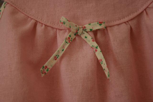 Bias trim bow detail