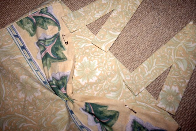 bust section of pillowcase top