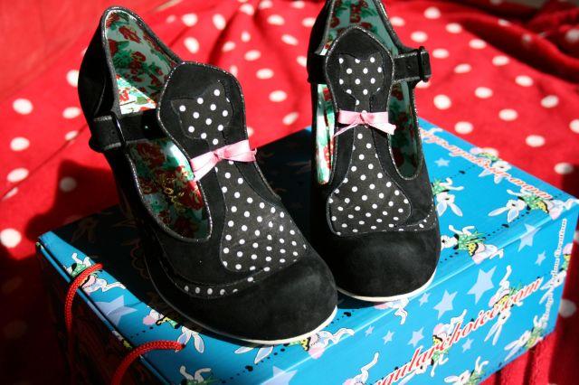 pussycat_shoes_1