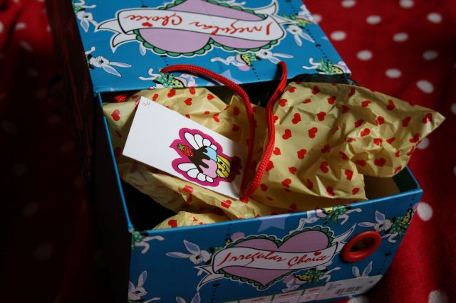 Irregular choice packaging