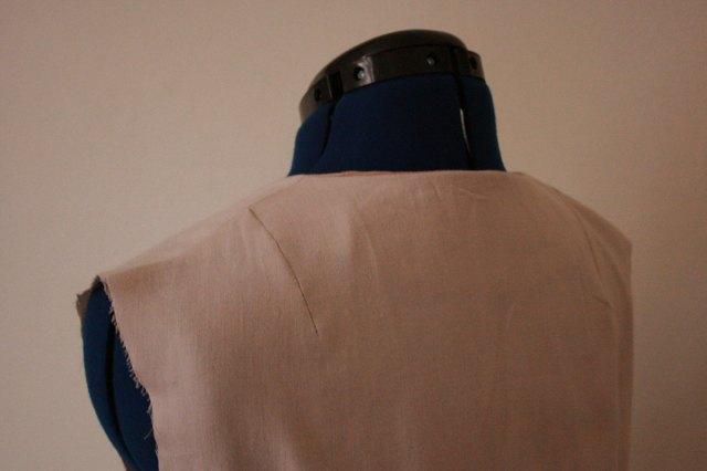 shoulder darts