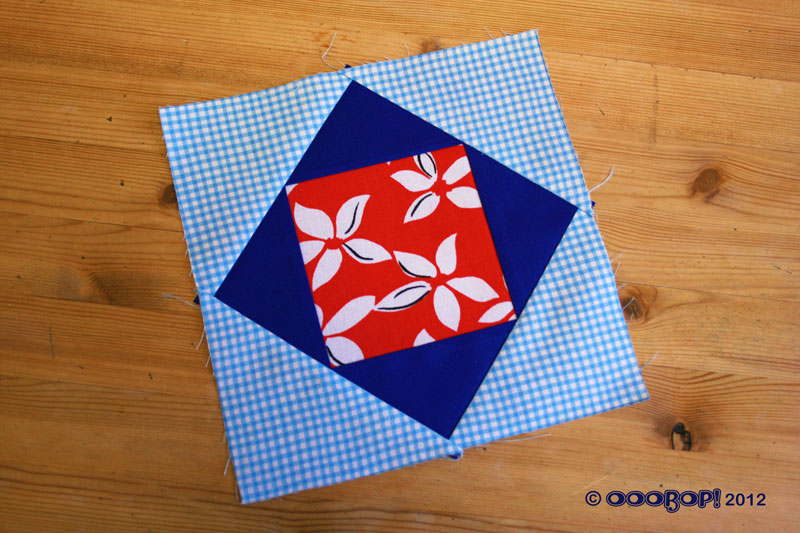Diamond square quilt block