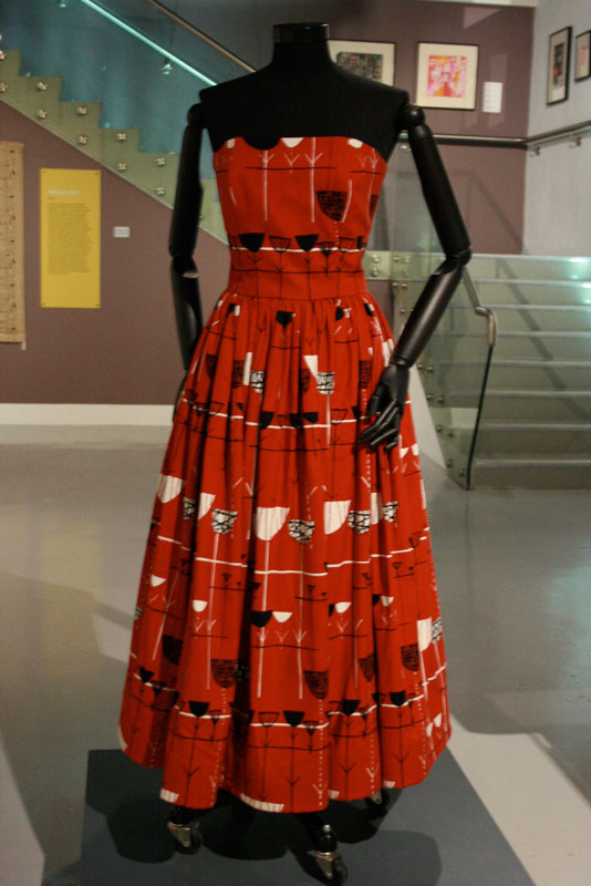 Marian Mahler, Linear Flowers dress