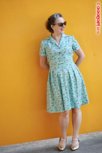 1940s dress yellow background