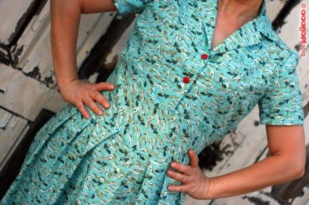 1940s shoe dress pleats