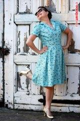 1940s shoe dress