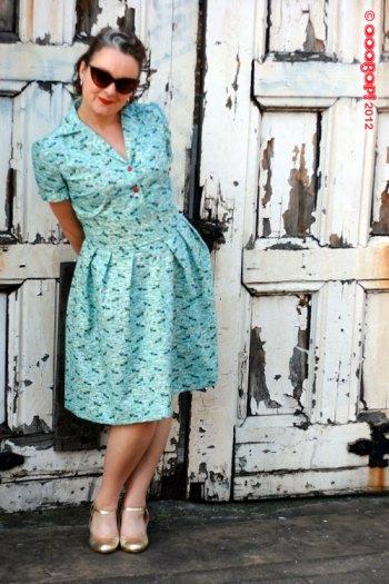 1940s shoe dress front