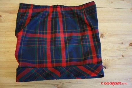 plaid shorts side