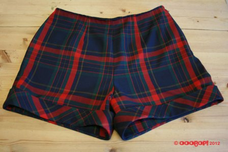plaid shorts simplicity 2659