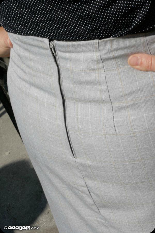 lapped zipper
