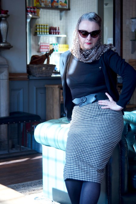 wool check skirt