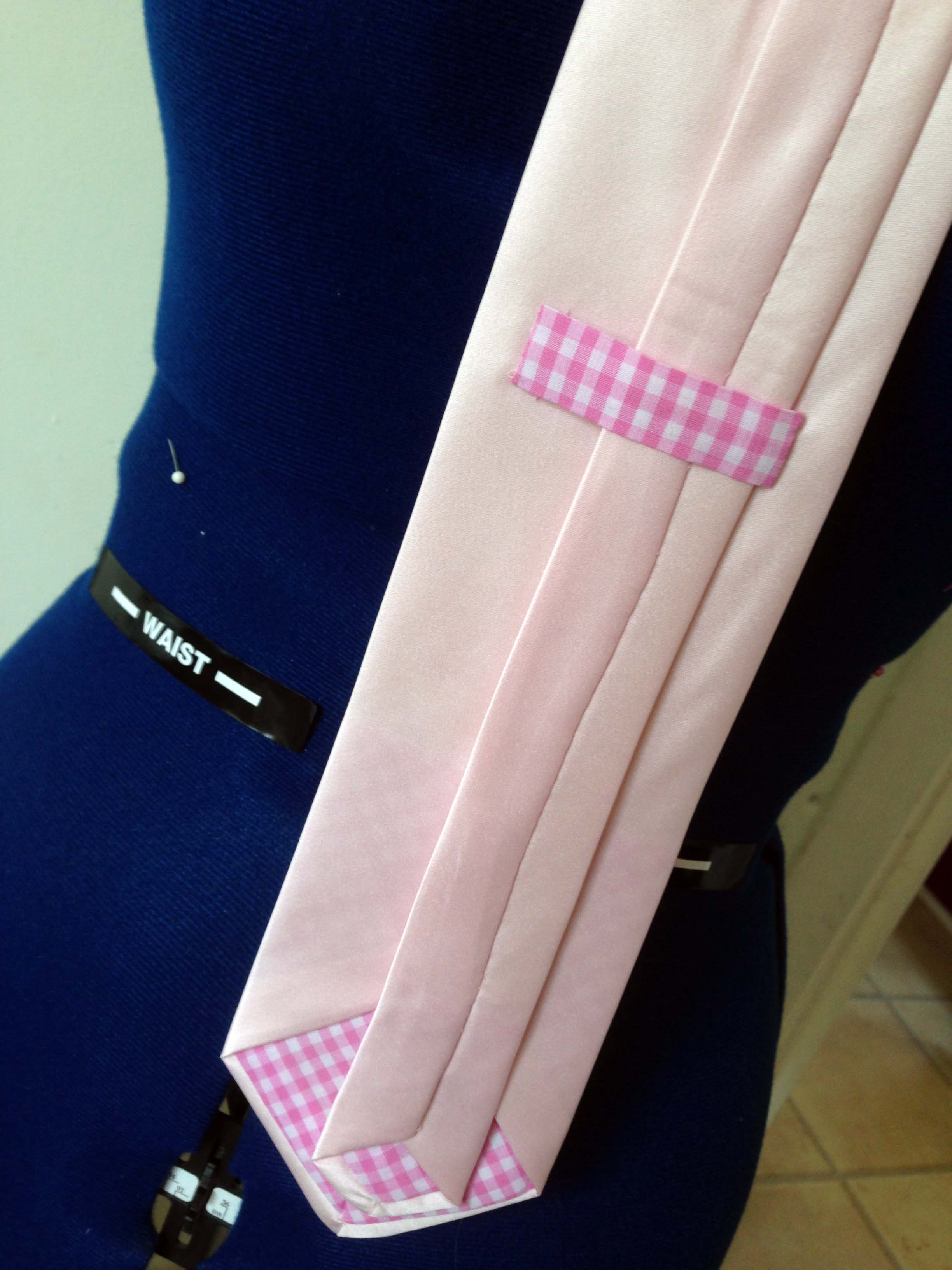 Detail at back of tie