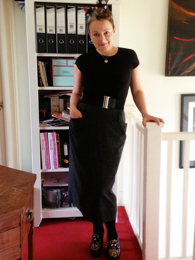 Day 30 vintage pencil skirt with pockets