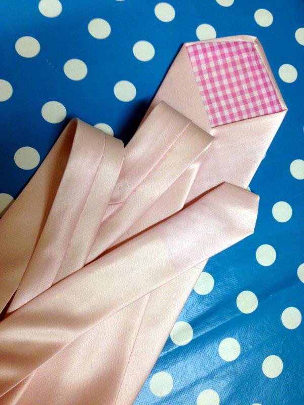 A tie for Prince Tom