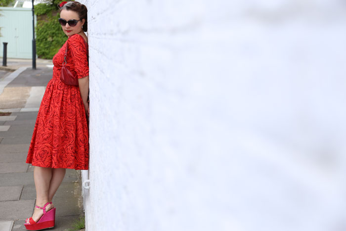 red rose lawn dress profile